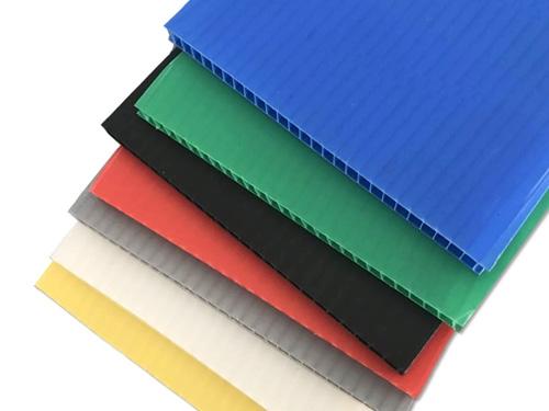 钙塑瓦楞板